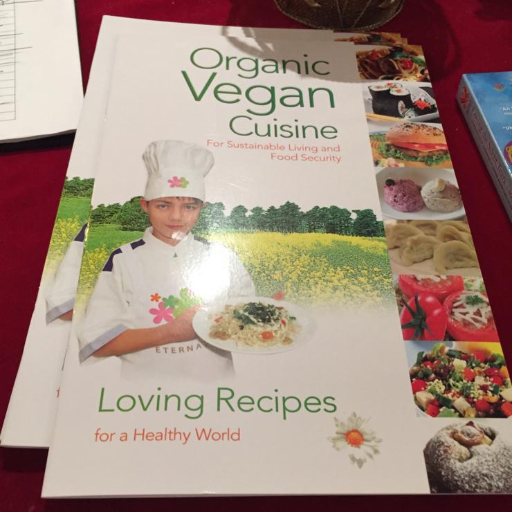 Vegan user review of Vegetarian House in San Jose.