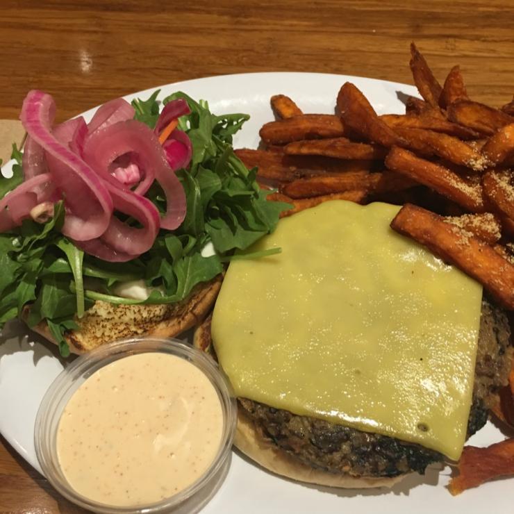 Vegan user review of Veggie Grill in Mountain View. #food #veggieburger #fries #burger
