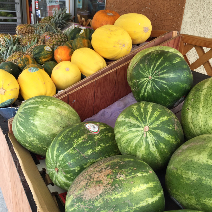 Vegan user review of Laredo Market in San Jose. They have nice #organic #produce here  #grocery #store