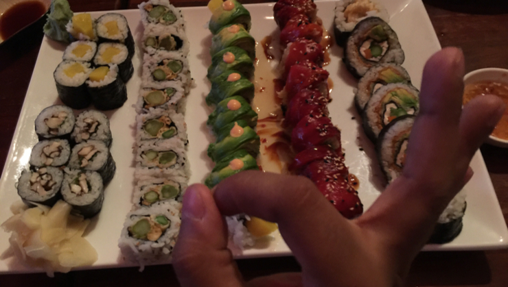 Vegan user review of Moki's Sushi & Pacific Grill in San Francisco. Sushi #dinner #dinner