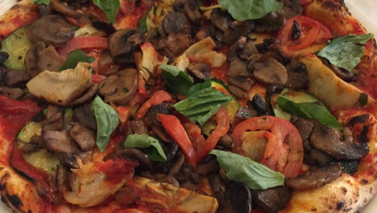 Vegan user review of Il Fornaio San Jose in San Jose. Vegan pizza with mushroom and artichoke hearts. The quality was good, but plain since they don't offer vegan cheese. #dish #meal #food #dinner #restaurant
