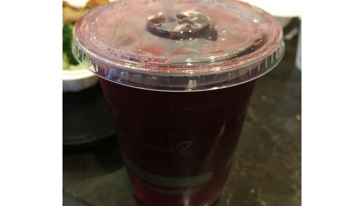 Vegan user review of Loving Hut in Santa Clara. Hibiscus tea #dinner #restaurant