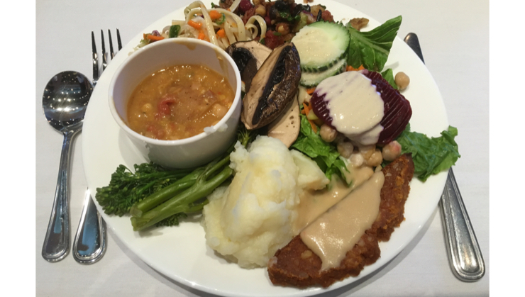 Vegan user review of McDougall Health Clinic in Santa Rosa. Dinner at McDougall's Advanced Study weekend - food is amazing and super healthy #event #dinner