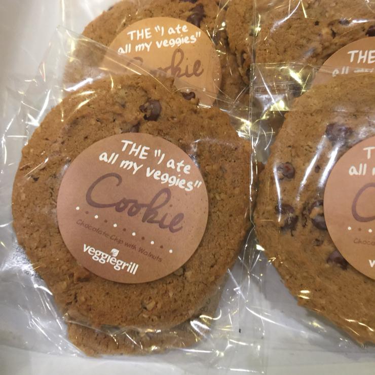 Vegan user review of Veggie Grill in San Jose. Chocolate chip  cookie 🍪 at Veggie Grill #food #dessert #restaurant