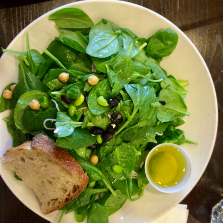 Vegan user review of Pluto's in Palo Alto. Salad at Plutos. #food #dinner #restaurant