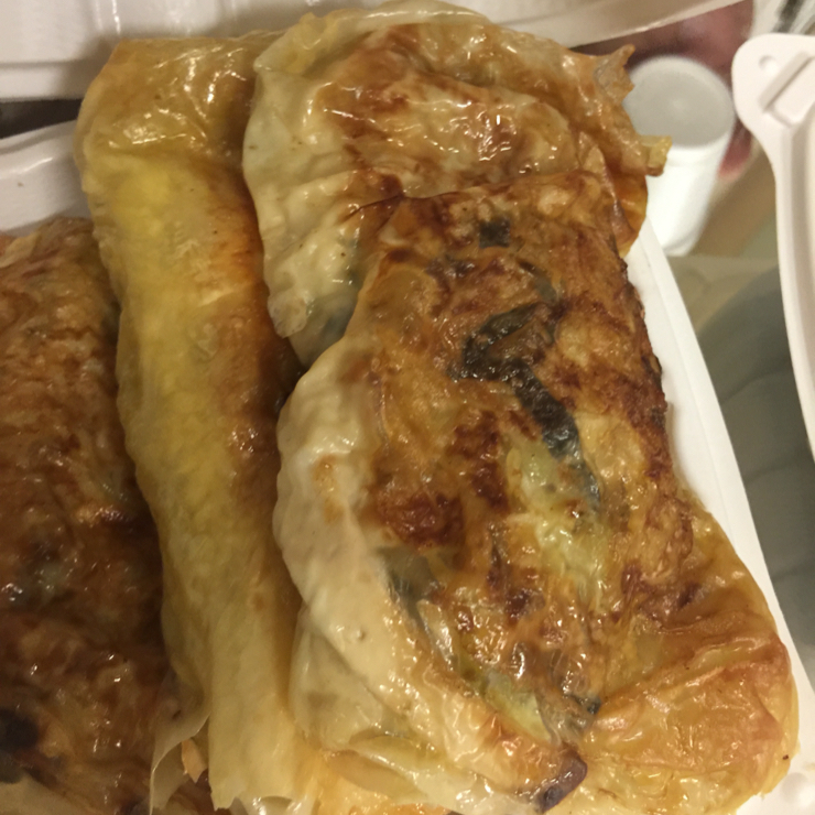 Vegan user review of Sogo Tofu in San Jose. Vegan puff pastry..it's savory with cabbage mushroom 🍄 tofu and greens. #food #dinner #restaurant