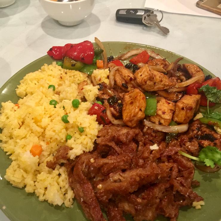Vegan user review of DiLac Vegetarian Cuisine in San Jose. Comb of fried rice 🍚 pepper 🌶 tofu and lemongrass tofu