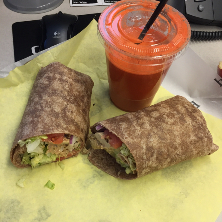 Vegan user review of The SPOT on 25th in San Mateo. Vegan BBQ chicken wrap with carrot juice.