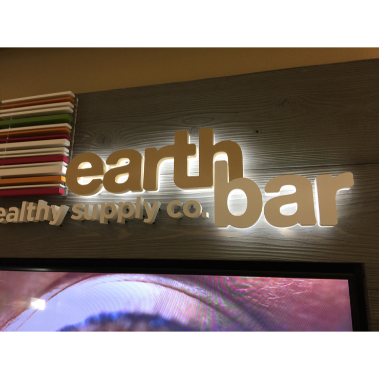 Vegan user review of Earthbar in Los Angeles Airport (LAX). Look for this logo