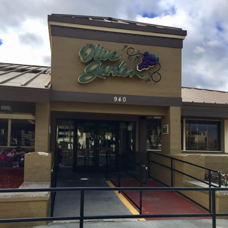 Vegan user review of Olive Garden Italian Restaurant in San Jose.