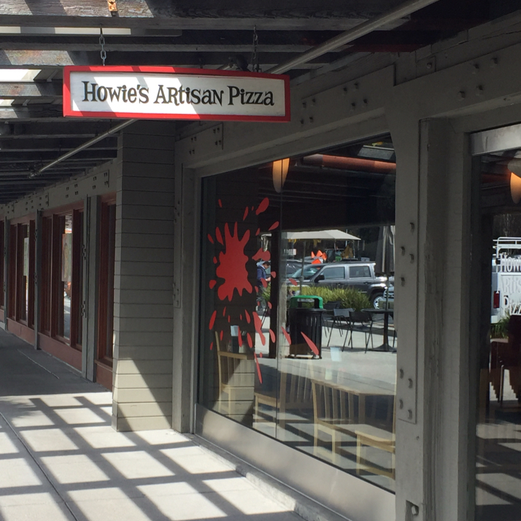 Vegan user review of Howie's Artisan Pizza in Palo Alto.