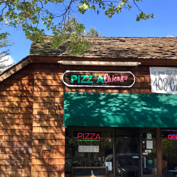 Vegan user review of Pizz'a Chicago in Santa Clara.