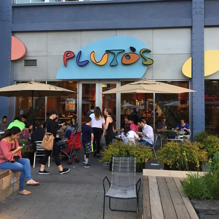 Vegan user review of Pluto's in San Jose.