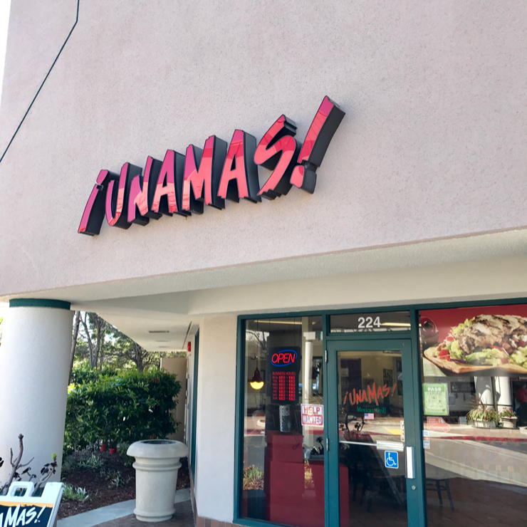 Vegan user review of Una Mas Mexican Grill in Redwood City.
