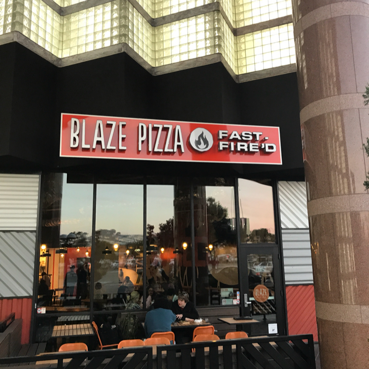 Vegan user review of Blaze Pizza in San Francisco.