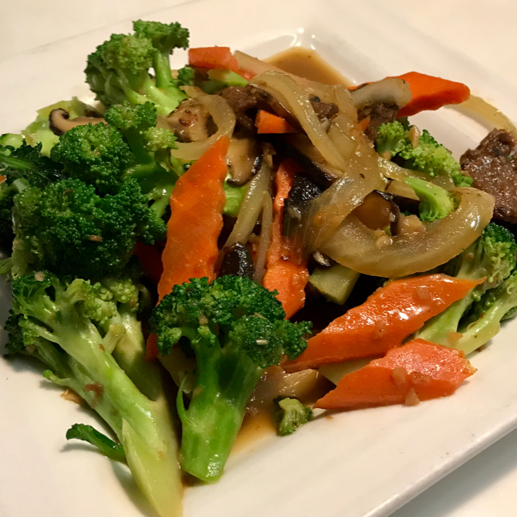Vegan user review of Golden Era in San Francisco. Stir fried broccoli with sliced soy protein, black mushroom and carrots in garlic gravy. Amazing 😉