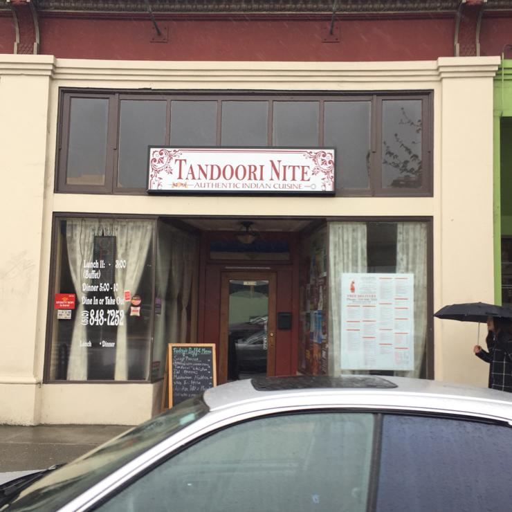 Vegan user review of The Tandoori Nite in Berkeley.