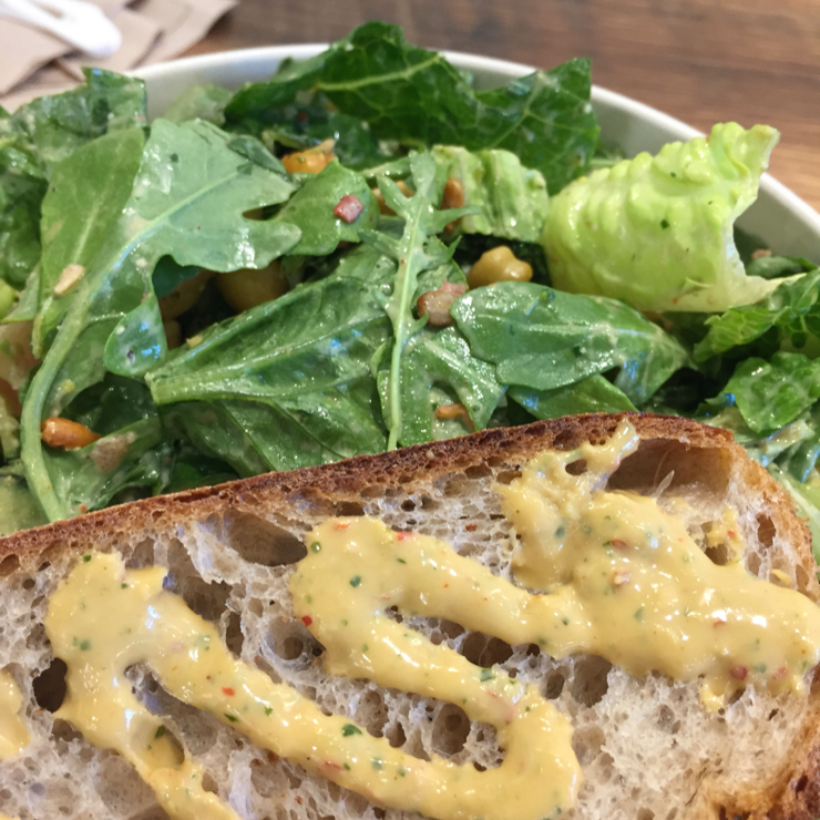Vegan user review of sweetgreen in Mountain View. Arugula,romaine lettuce,watermelon,blueberries,mint,spicy garbanzo beans,spicy sun flower seeds,tossed with spicy cashew dressing same dressing on bread.