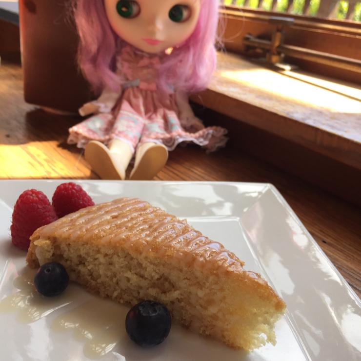 Vegan user review of Ravens' Restaurant in Mendocino. Free afternoon tea