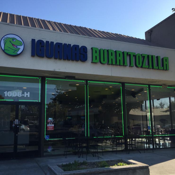 Vegan user review of Iguanas Burritozilla in San Jose.