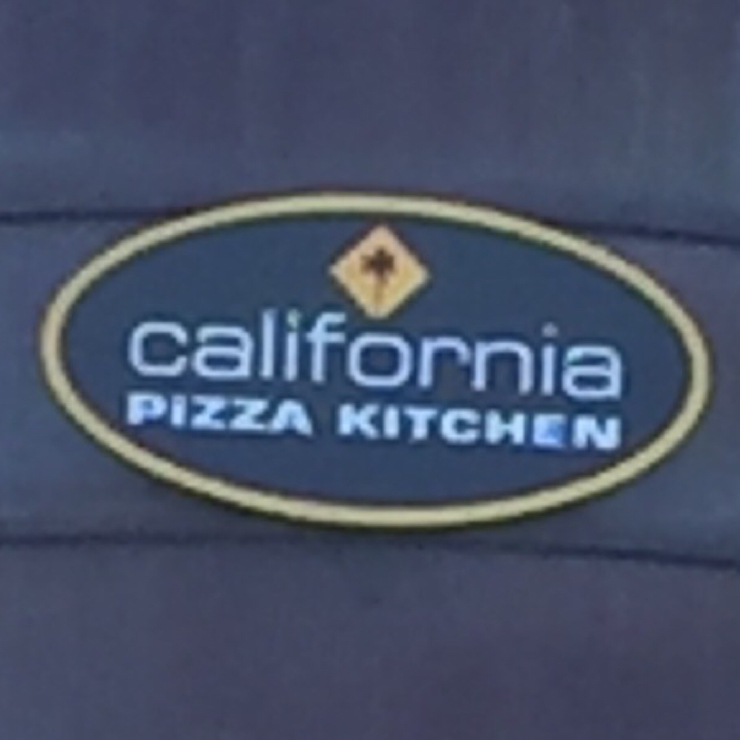 Vegan user review of California Pizza Kitchen in Pleasanton.
