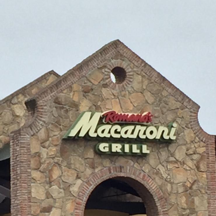 Vegan user review of Romano's Macaroni Grill in Roseville.