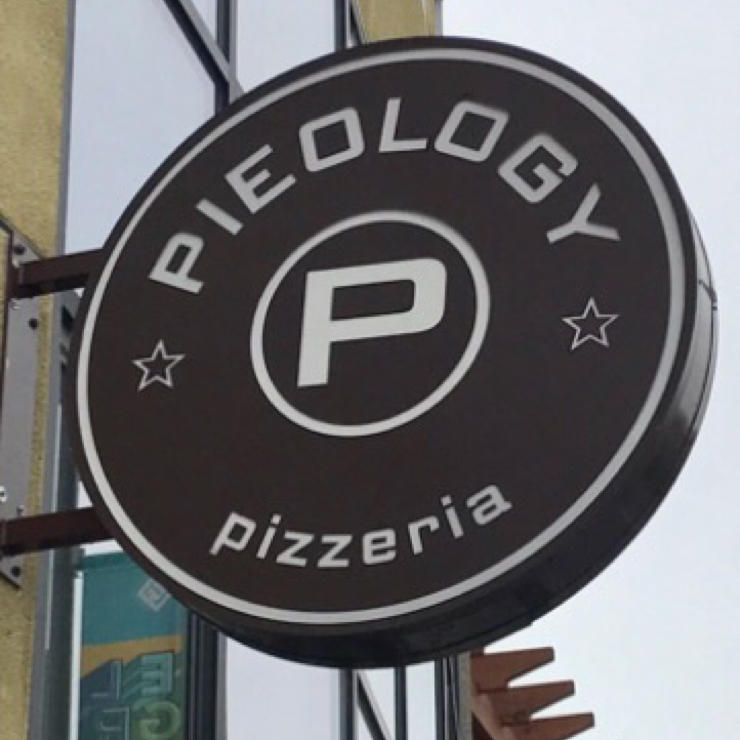 Vegan user review of Pieology Pizzeria in Vacaville.