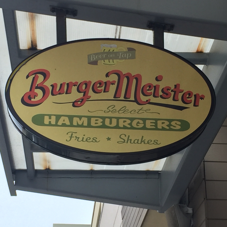 Vegan user review of Burgermeister in Alameda.