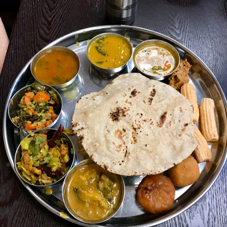 Vegan user review of Ugadi Indian Restaurant in Sunnyvale. They have a special vegan buffet that's very good. 🌱 😋 🎉  🎊 🍾