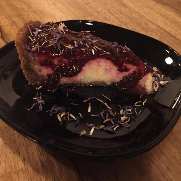 Vegan user review of Gørilla in Torino. Cheesefake made with okara (soy bean pulp)