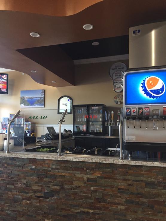 Vegan user review of Bossman's Pizza in San Jose.