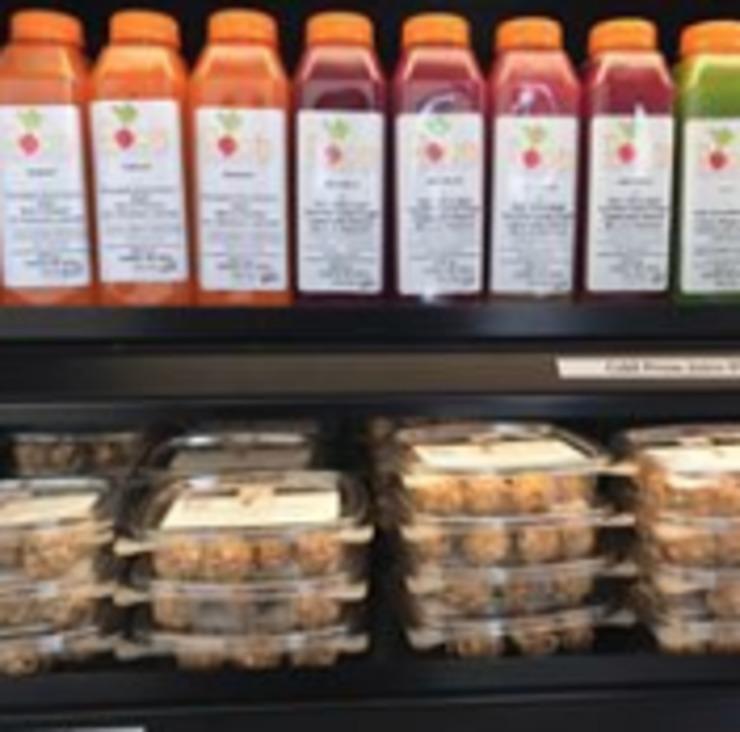 Vegan user review of Root's Raw Juice Bar in Sanford.