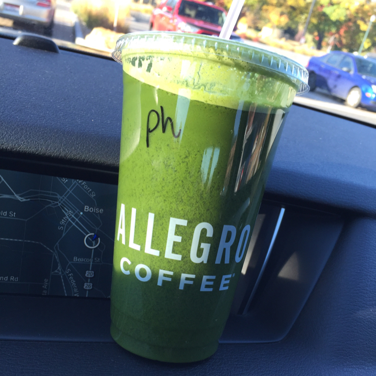 Vegan user review of Whole Foods Market in Boise. They have a good juice bar.