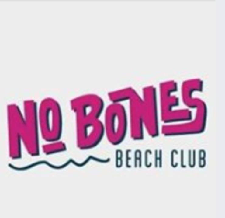 Vegan user review of No Bones Beach Club in Chicago.