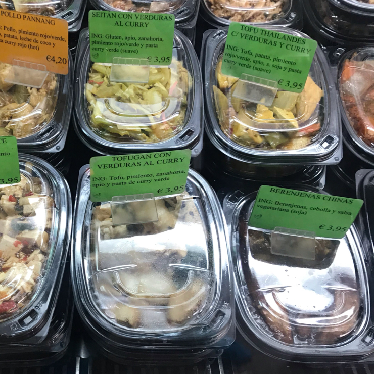Vegan user review of Nan-Yea Alimentacion in Madrid. An Asian supermarket with lots of vegan options including to go  Spanish,Vietnamese, Chinese, Japanese and Thai staple food. Very well priced too.
