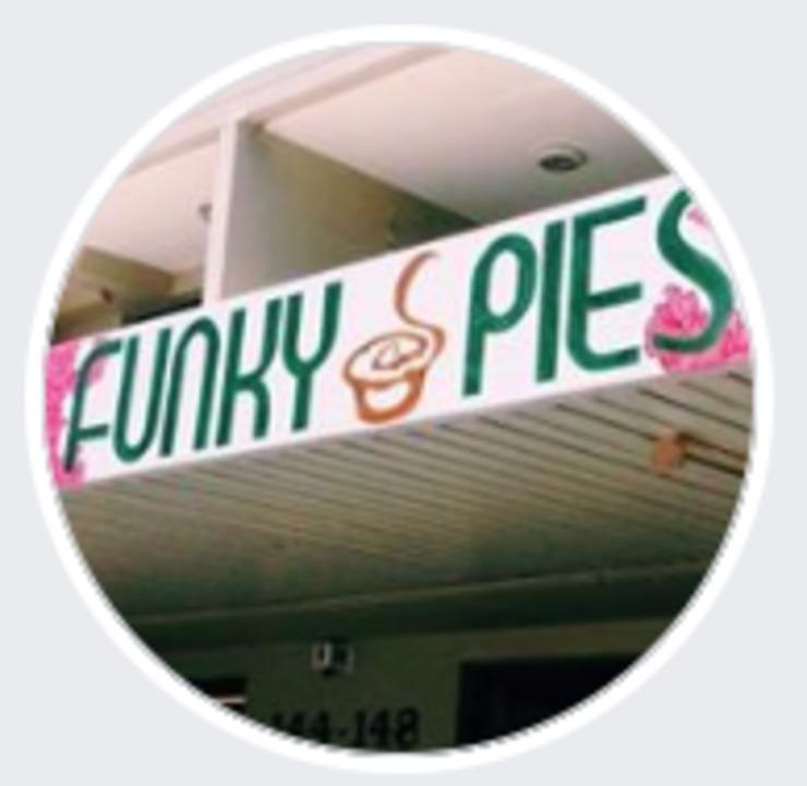 Vegan user review of Funky Pies in Bondi Beach.