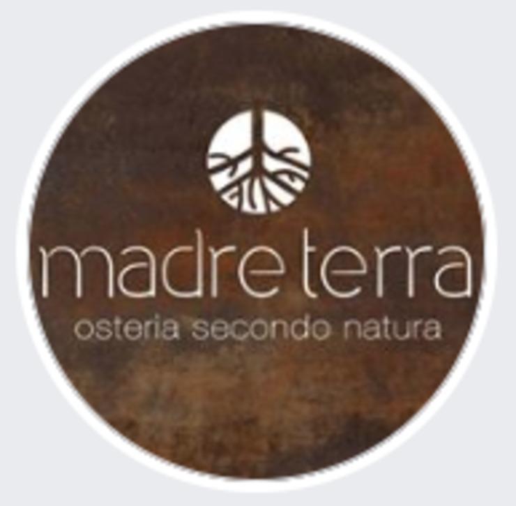 Vegan user review of Madre Terra in Roma.
