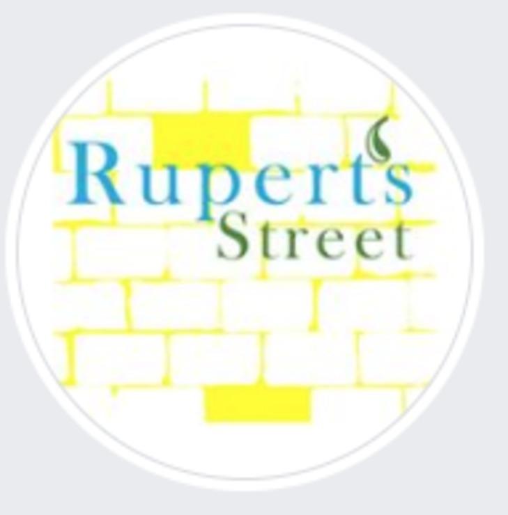 Vegan user review of Rupert's Street in London.
