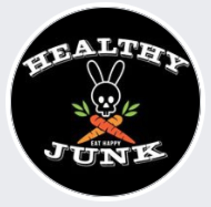 Vegan user review of Healthy Junk in Anaheim.