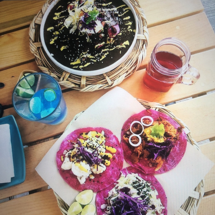 Vegan user review of La Pitahaya Vegana in Ciudad de México. Everything is Gluten-free. Amazing vegan food. Tamales, tacos (cauliflower, spinach avocado crema and mushroom). Tacos made from beetroot. Fresh ingredients, friendly staff and great price!  Cashew nut milk mango lassi. A must try place!