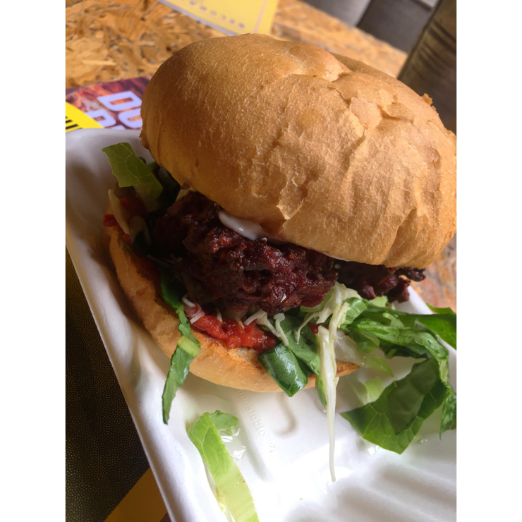 Vegan user review of Belgrave Music Hall & Canteen. They do an amazing vegan burger called The Leafeater!! It's three spicy beetroot pakoras in a bun with crunchy salad and creamy mayo...YUM! To make it even better if you go between 12-4pm on a Sunday you buy one burger and get another for £1! AMAZING!