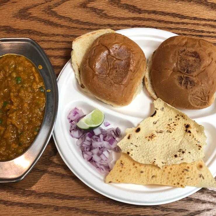 Vegan user review of Chaat House in Sunnyvale. Pav bhaji