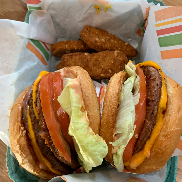 Vegan user review of The Burger Patch in Sacramento.