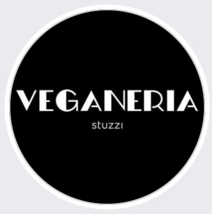 Vegan user review of Veganeria Stuzzi in São Paulo.
