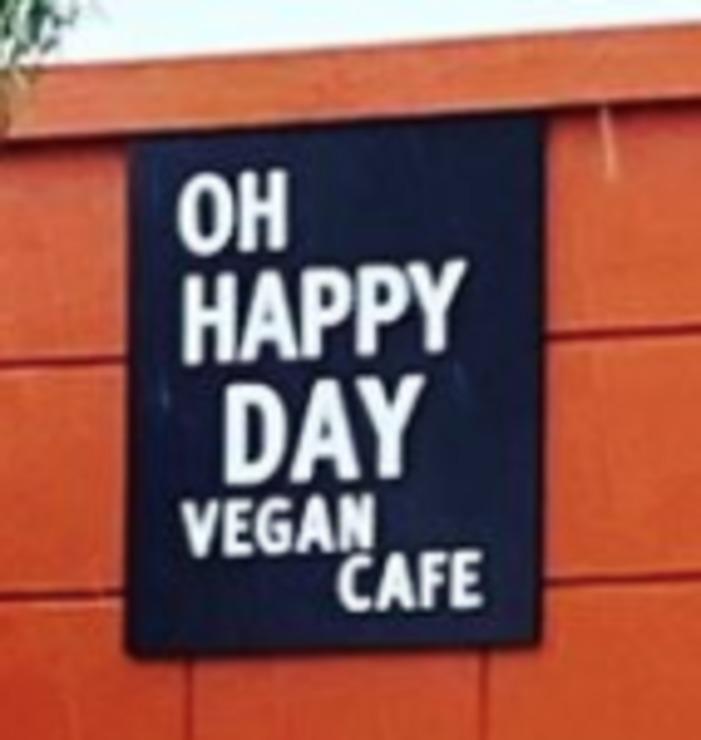 Vegan user review of Oh Happy Days Vegan Cafe in Altadena.